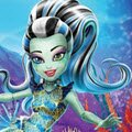 Great Scarrier Swim Games : Lagoona Blue, her ghoulfriends, and Gil Webber are ...