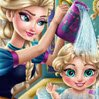 Elsa Baby Wash Games : Queen Elsa needs your help to get her little girl ready for another beautiful da ...