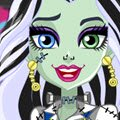 How do you Boo Frankie Games : Monster High ghouls are ready for the howl ways dressed for  ...
