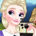 Elsa Polaroid Games : Elsa has found a new hobby, she bought herself a P ...