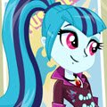 The Dazzlings Sonata Dusk Games : Sonata Dusk enchants audiences with rocking siren  ...