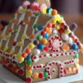 Gingerbread House Games : Sara's back in the kitchen, cooking up some seasonal delight ...